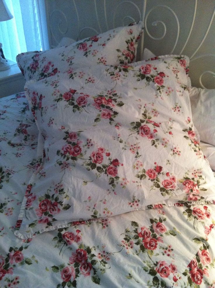 rachel ashwell shabby chic couture somerset queen duvet. Black Bedroom Furniture Sets. Home Design Ideas