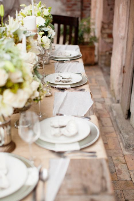 Simple Table Setting : simple but elegant table setting  Wedding Wishes  Pinterest