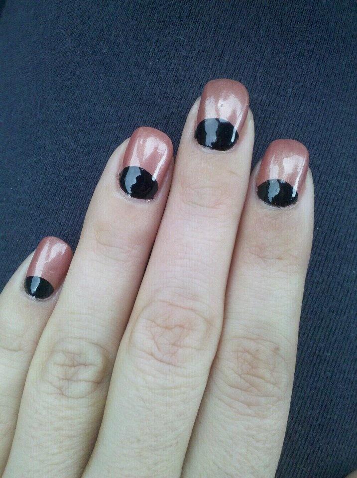 Half Moon #Nails