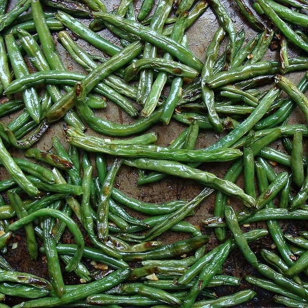 Garlic Roasted Green Beans | Delicious Food | Pinterest