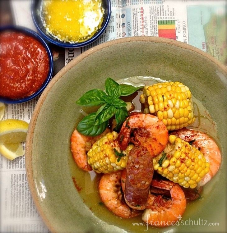 Frogmore Stew, aka Lowcountry Shrimp Boil, with shrimp, spicy sausage ...