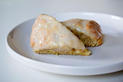 Better than Starbucks petite vanilla bean scones! Girlie is going to ...