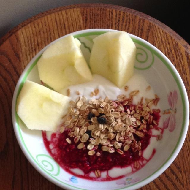 Breakfast..... Fresh raspberries, yoghurt, honey crisp apple slices ...