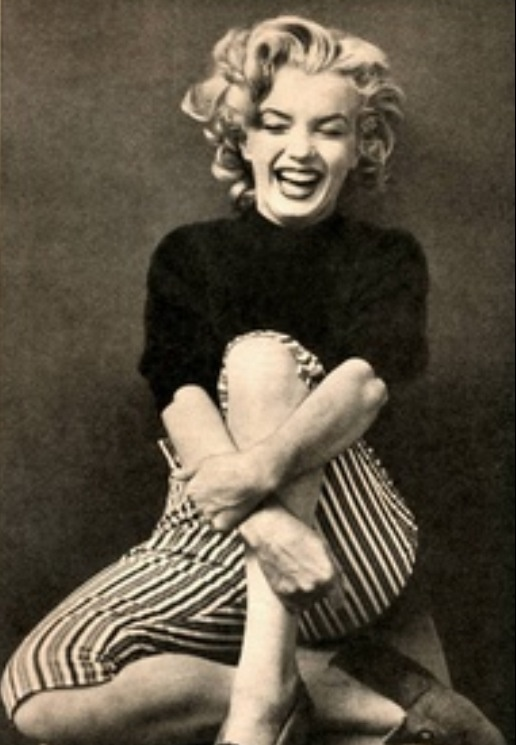 Marilyn Moore Nude Photos 38