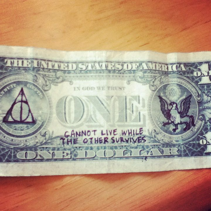 Bahahaha! Whoever did this certainly loves HP!
