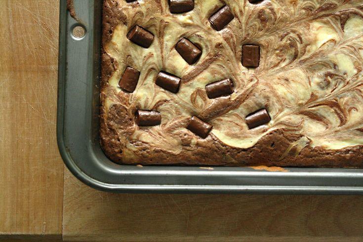 Cheesecake Marble Brownies OMG Yummy! | Stuff I'd Like to Eat | Pinte ...