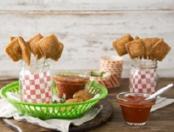... Toasted Ravioli Pops with Quick Marinara Dipping Sauce | Farm Rich