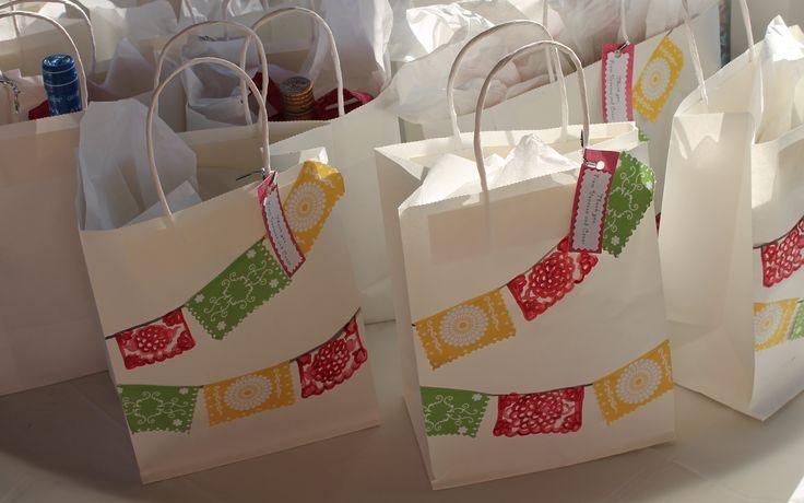 Baby Shower Gift Bag Game ~ Pinterest