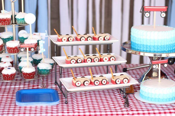 Red Wagon Rice Krispy Treats - perfect #partyfood!