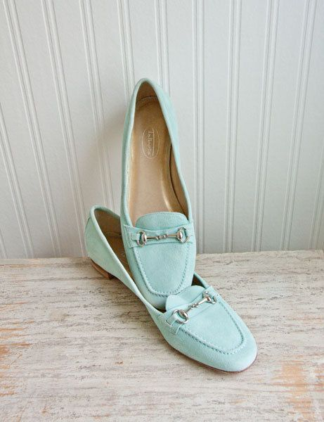 Vintage Talbots Shoes flats in mint or seafoam green with silver
