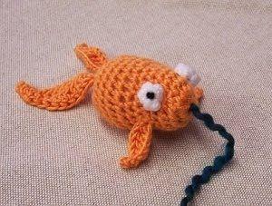 Free Amigurumi Goldfish Pattern : 1500 Free Amigurumi Patterns: Goldfish Crochet Crochet ...