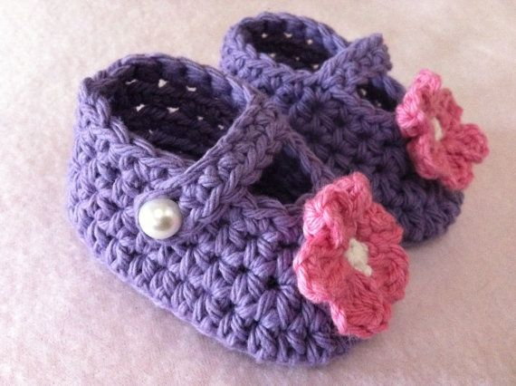 Bubnut Crochet Patterns : Crochet Booties Pattern Girls Easy Peasy Baby Hat and by BBfromOz, $5 ...