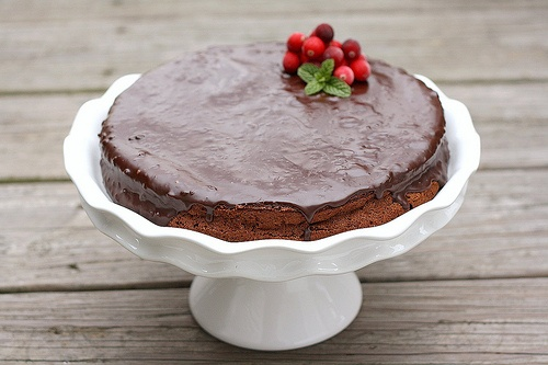 almost-fudge chocolate gateau | just chocolate | Pinterest