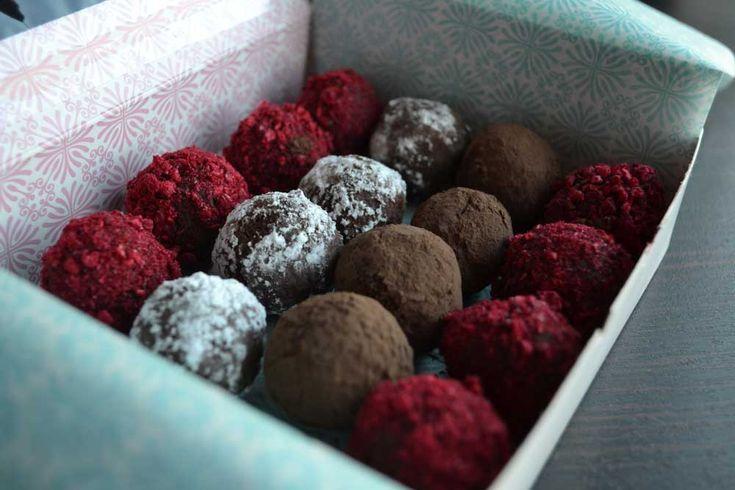 Vegan chocolate raspberry truffles | Food and Drink | Pinterest