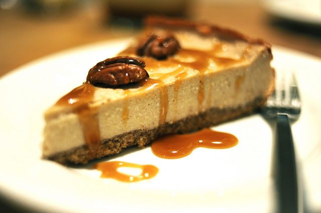 ... Banana Rum Cheesecake with Spiced Pecan Crust & Maple Rum Sauce