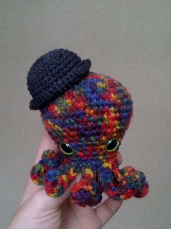 Amigurumi Hat Patterns : Pin by Stephanie Pierce on Crochet/Amigurumi Pinterest