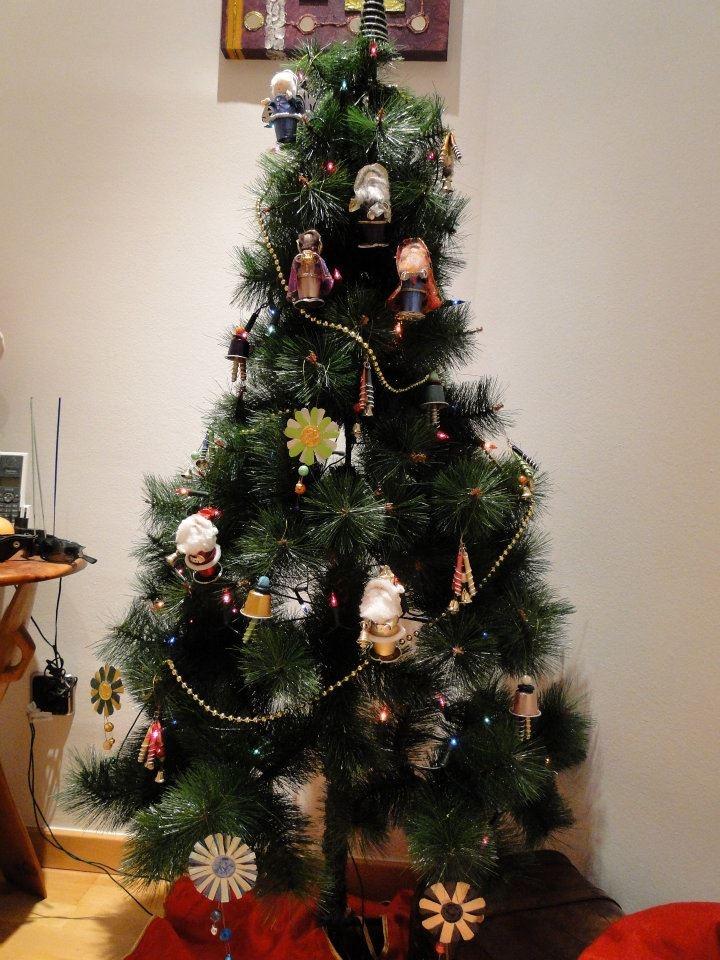 Pin by carmen moreno espada on christmas nespresso pinterest - Arbol de navidad decorado ...
