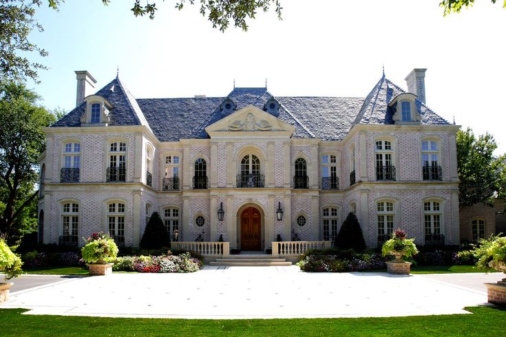 Giant Luxury French Style Mansion For The Home Pinterest