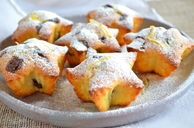 Ricotta-Chocolate Chip Muffins | Baking - Sweets | Pinterest