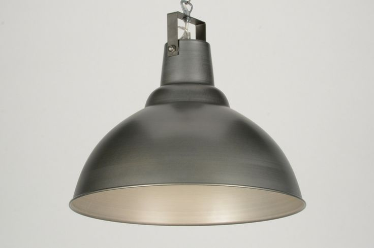 Industriele Hanglamp Keuken : Mooie industri?le hanglamp in 'raw iron' look. Hangt met een ketting