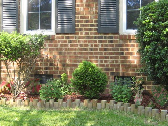Flower bed ideas landscaping ideas pinterest for Simple flower bed ideas