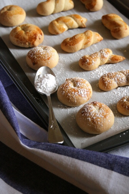 koulourakia, greek easter cookies | Easter things | Pinterest