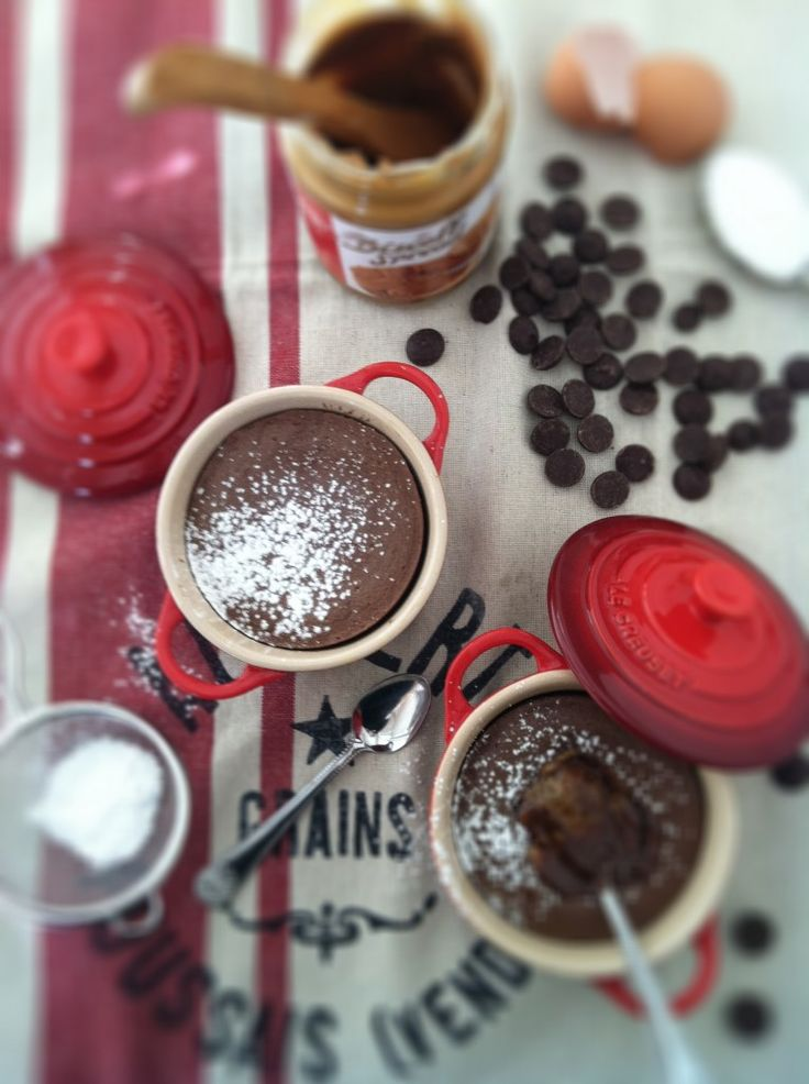 Biscoff Molten Lava Cakes from bell'alimento. http://punchfork.com ...