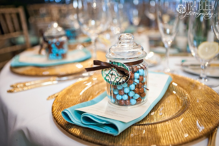 Candy Wedding Favor Ideas Pinterest : mit endicott house wedding diy peacock wedding details blooms of hope ...