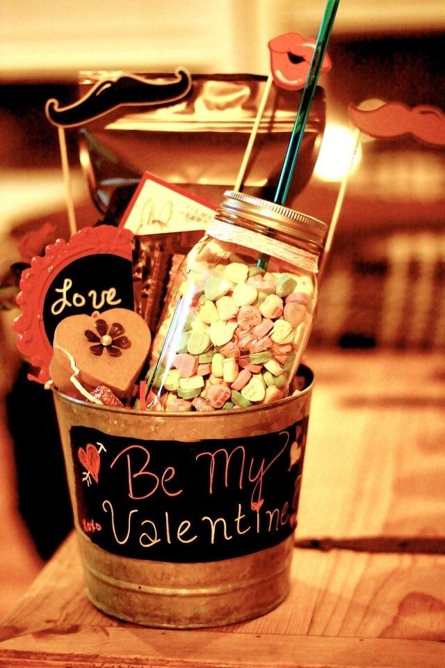valentine gift baskets for him uk