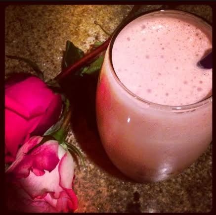 Red velvet cheesecake protein shake! | Yum! | Pinterest