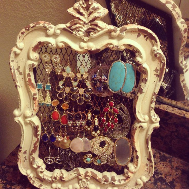 Earring holder from hobby lobby love it apartment for Hobby lobby jewelry holder