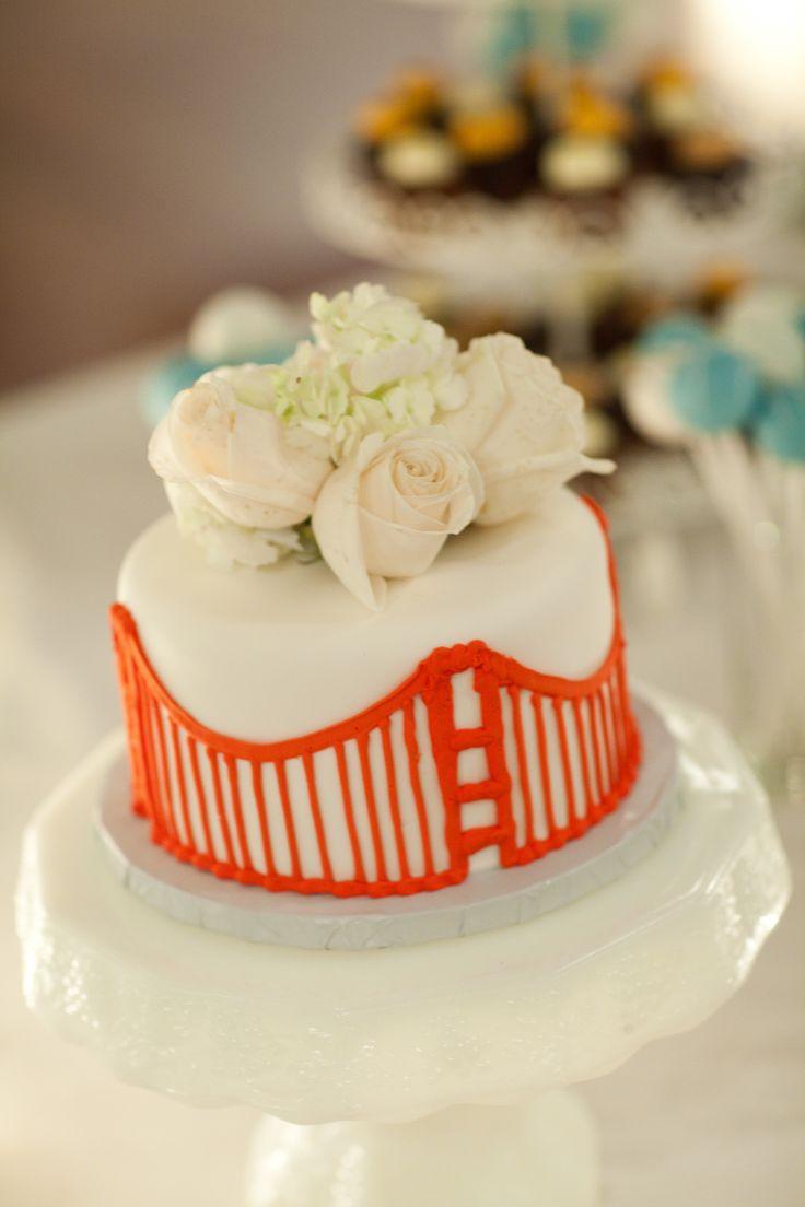 Golden Gate Bridge Wedding Cake