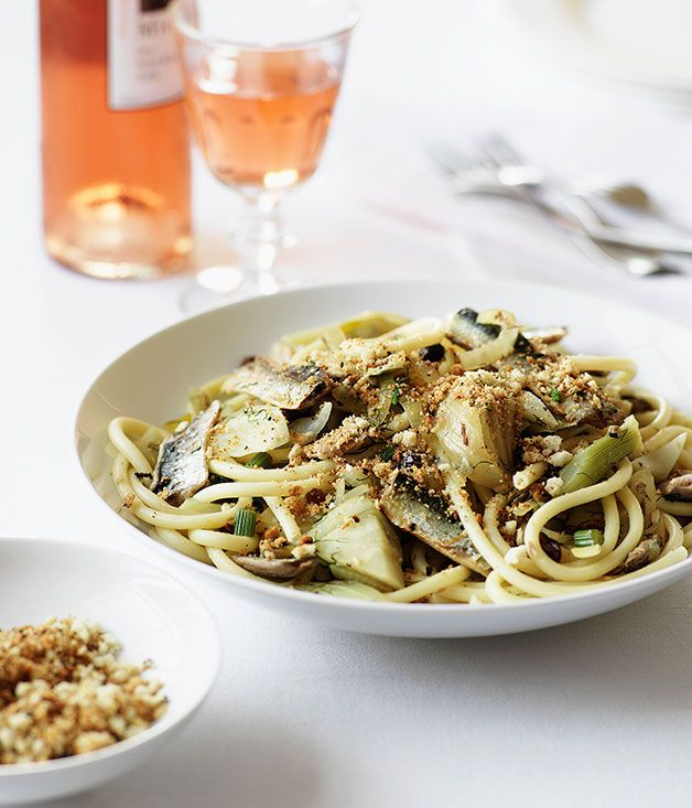 Pasta with sardines, fennel, breadcrumbs and pinenuts :: Gourmet ...