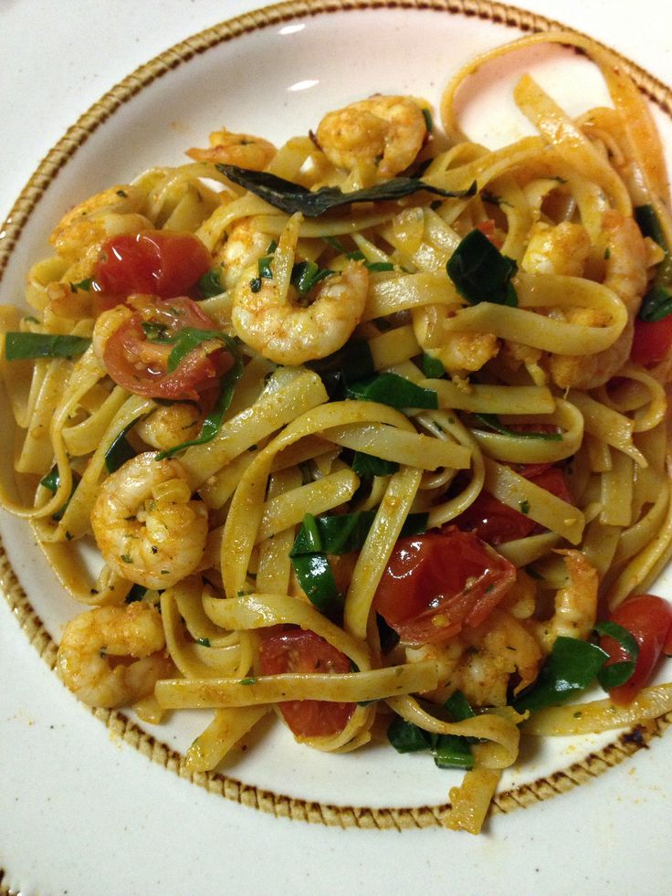 ... cherry tomatoes, and shrimp. Mix well and garnish with green onions