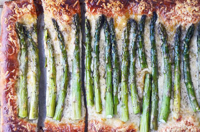 Asparagus and Gruyere Cheese Tart ForkVsSpoon.com
