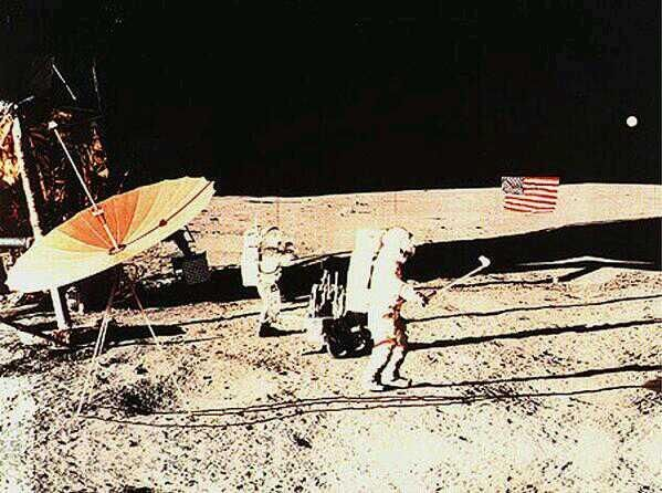 alan b. shepard astronaut on the surface of the moon nasa 1971 - photo #10