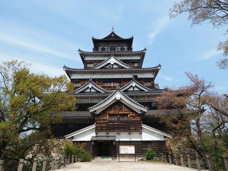 Hiroshima-Castle Travel-Guide