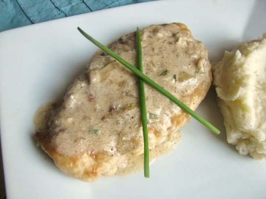 Sauteed chicken breast with (potentially non dairy) creamy chive sauce ...
