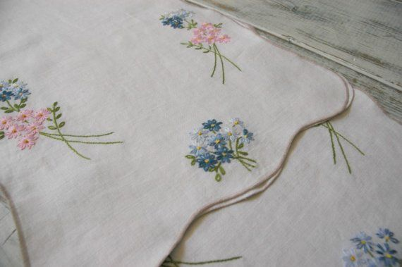 table runners $25 etsy Beautiful  matching runners 2 Vintage Table by  GreenDepot, pieces vintage