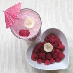 Banana, almond, berry super shake | Healthy Eating | Pinterest