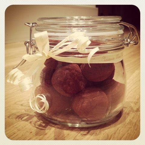 come · con · ella: truffle-esque: date and espresso truffles