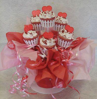 valentine's day meringue hearts
