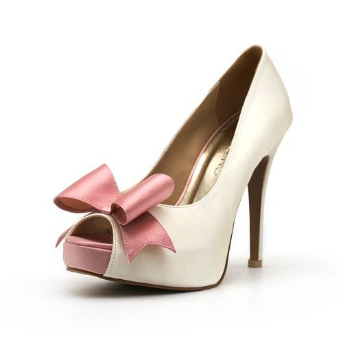 ivory white wedding shoe with baby pink bow