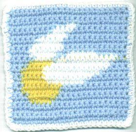 Crochet Patterns Harry Potter : Pattern. Crocheted Golden Snitch Square. Crochet Pinterest