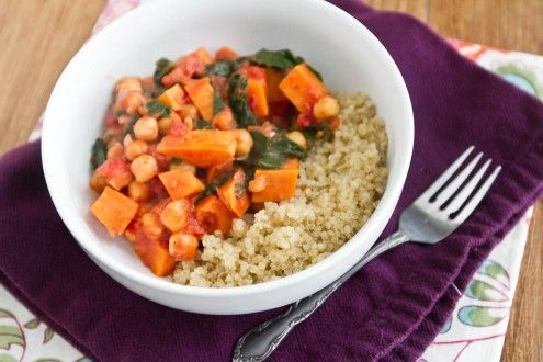 Sweet Potato and Chickpea Stew with Quinoa-So delicious, everyone ...