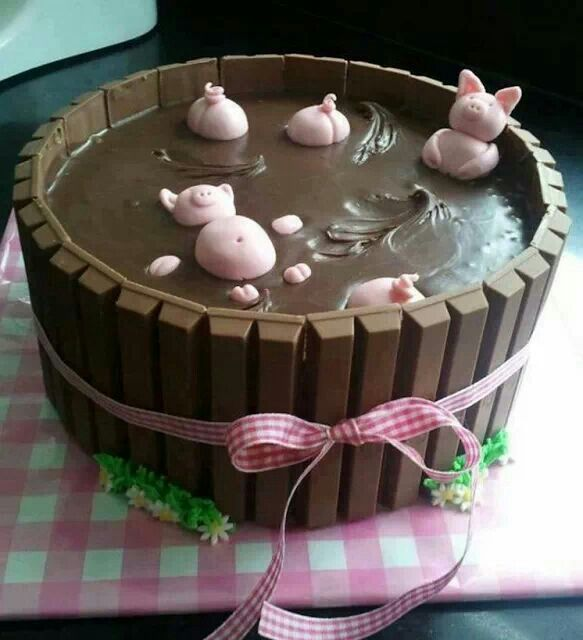 Kitkat pig pen cake   food made fun   Pinterest