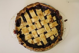 Blog of Yum: Best Cranberry and Wild Blueberry Pie ever!