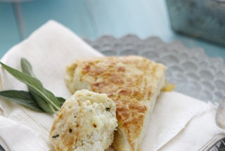 gruyere, apple, and sage scones | ok i give in, food it is! | Pintere ...