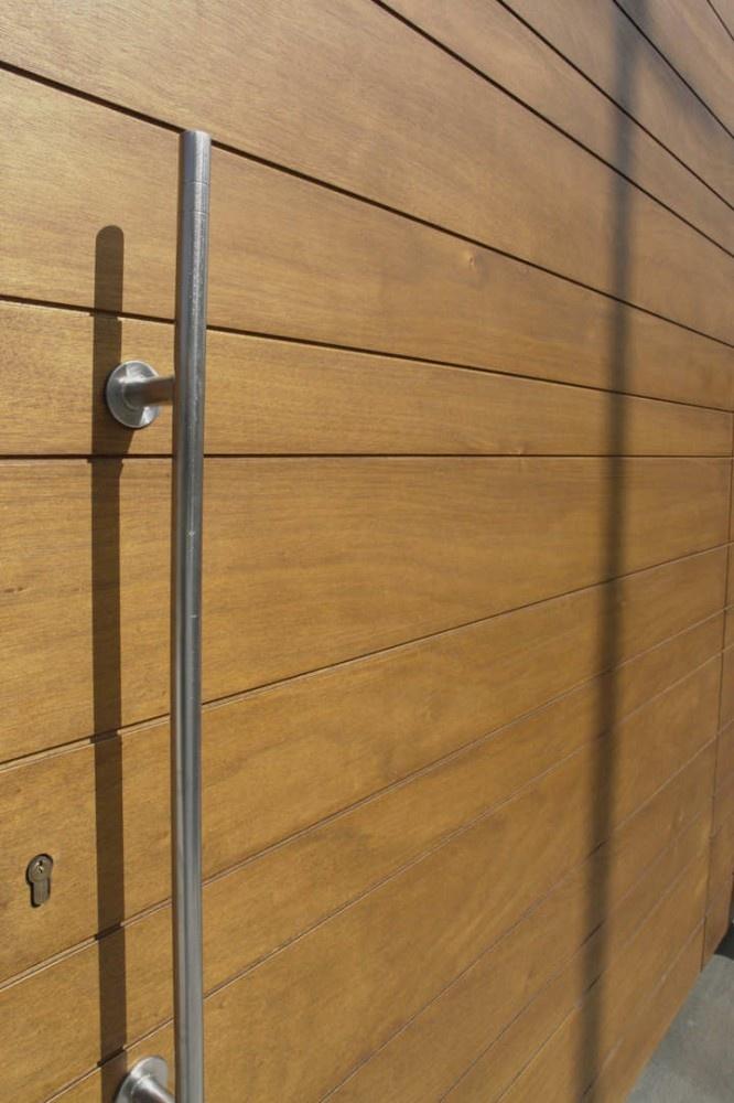 top hung door_calcara house/modulor progettazioni + vincenzo zito