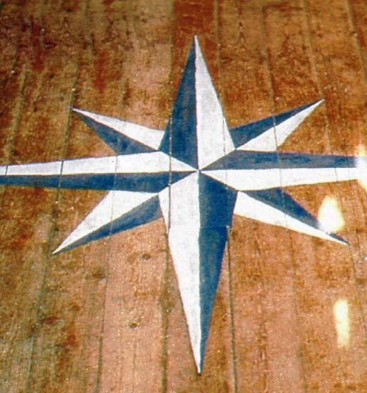 Stencils and creative painting ideas for wood floor decoration - Painting with stencils on wood ...